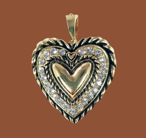 Heart pendant. Crystals, rhinestones, jewelry alloy of gold tone