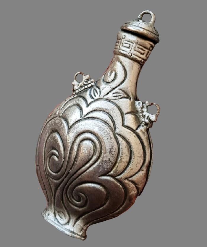 Jug pendant. Jewelry alloy of silver tone, 7 cm