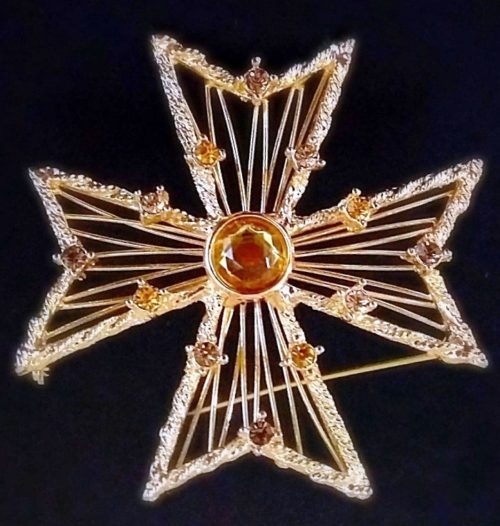 Maltese cross vintage brooch. Jewelry alloy, Swarovski crystals. 5.8 cm