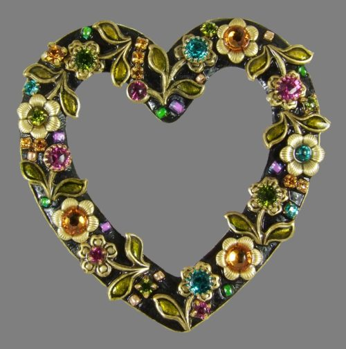 Midnight Garden Open Heart Pin, covered with floral pattern. Brass, 24K gold plated, Swarovski crystals
