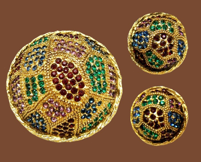 Multicolor rhinestone gold tone round earrings and brooch