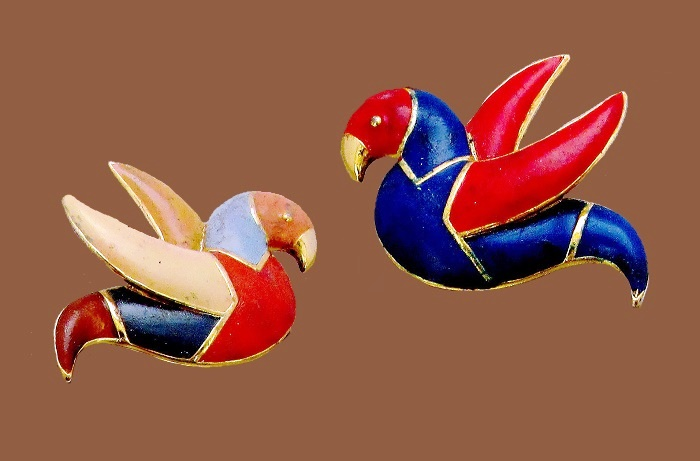 Paired bird brooches. Jewelry alloy, enamel. Orena Paris vintage costume jewelry