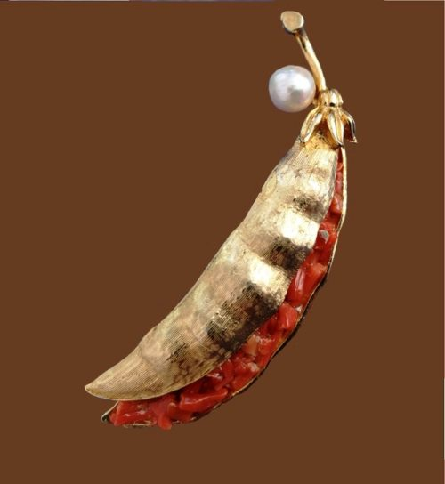 Peapod brooch. Jewelry alloy, faux pearls, coral
