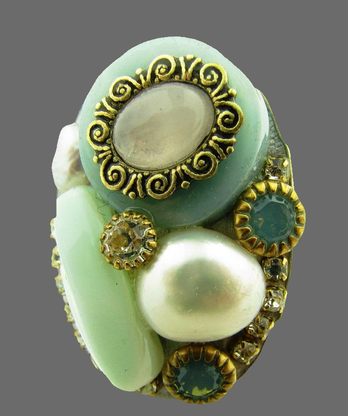 Pearl, crystal and rhinestones adjustable ring