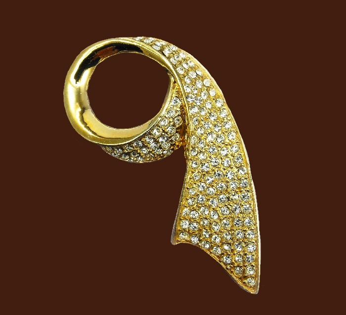 Ribbon brooch. Pave rhinestone, gold plated