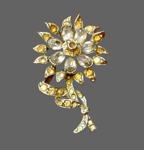 Silver Tone With Rhinestones Flower brooch