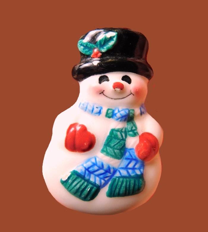 Snowman porcelain brooch