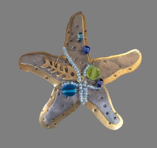 Starfish brooch. Gold and silver tone metal decorated with beads