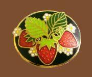 Strawberry brooch. Jewelry alloy, enamel. 2.8 cm. 1970s