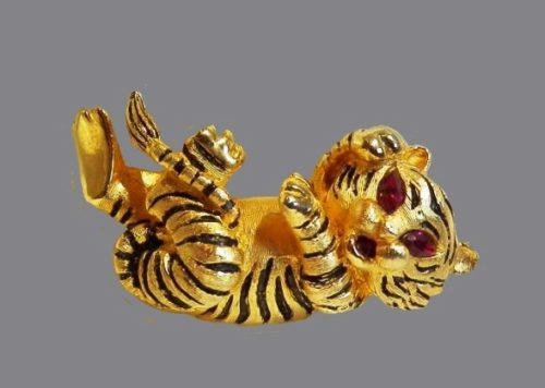 Tiger brooch. 1970s. Jewelry alloy, rhinestones, enamel