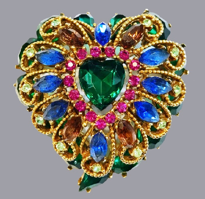 Vintage brooch of jewelry alloy, blue crystals. 5.5 cm