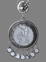 Vintage necklace. Jewelry alloy of silver tone, crystals