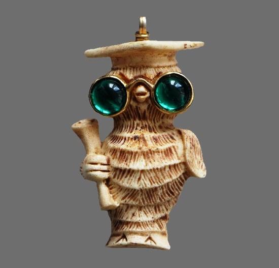 Wise Owl pendant. Plastic, jewelry alloy. 7 cm. 1970s