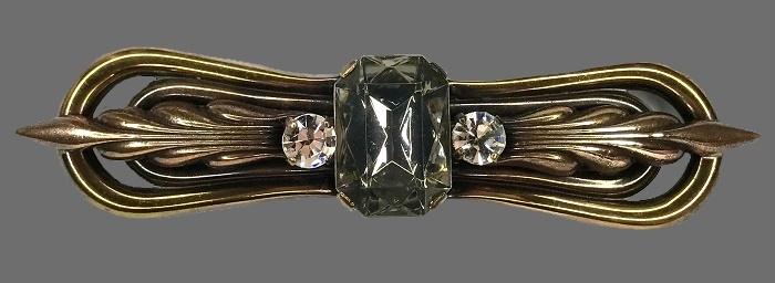 Art Nouveau pin. Bronze brass, crystals
