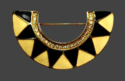 Art deco enameled brooch of gold tone, semi-circle shape