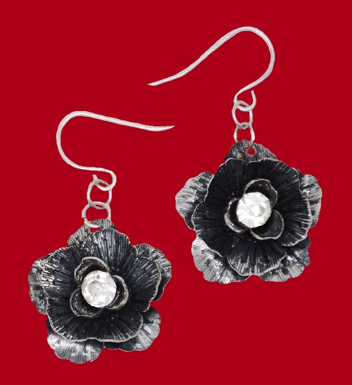 Blackened silver earrings flower motif, crystal in the middle