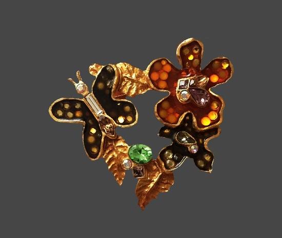 Butterfly on flower brooch. Gold tone alloy, resin, rhinestones, crystals, enamel. 7 cm. 1990s