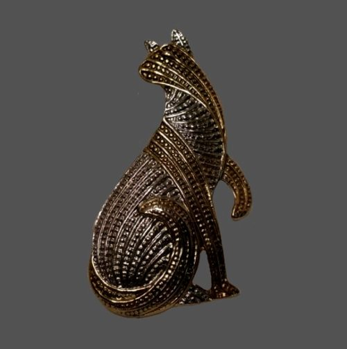 Cat brooch. Textured jewelry alloy