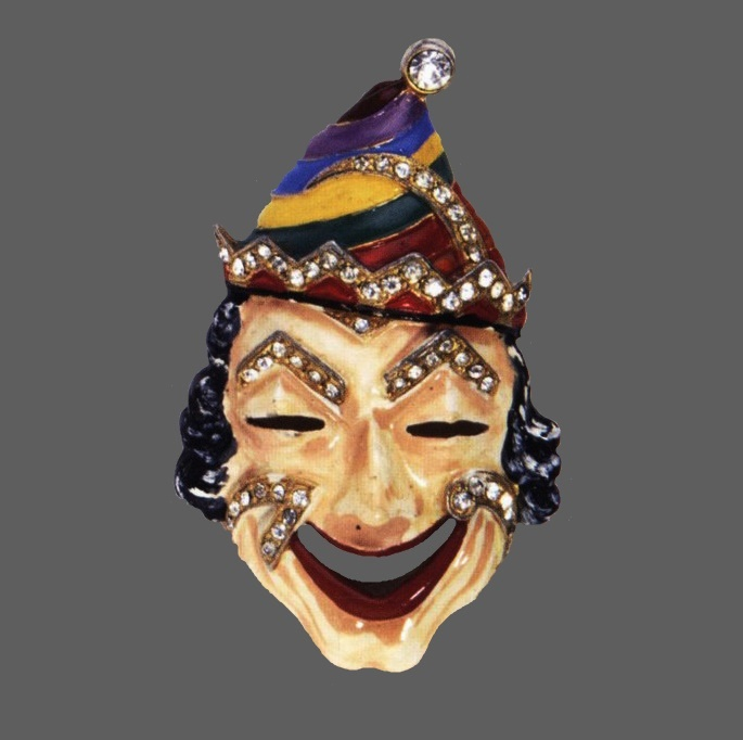 Clown brooch, 1942. Marked Staret, Manufacturer Staret Jewelry Co., Inc. Gold plated metal, yellow, blue, brown, red enamel and rhinestones. 7.2 cm