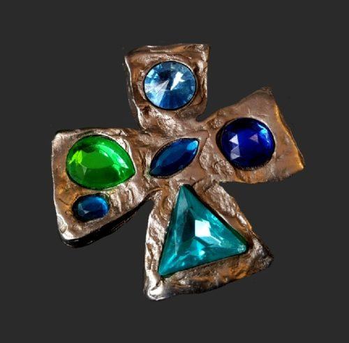 Cross brooch. Jewelry alloy of silver tone, glass, rhinestones, glass cabochons. 7 cm