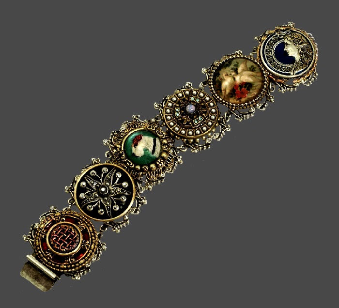 Exquisite Victorian style buttons link bracelet. Jewelry alloy, enamel, pearls, rhinestones