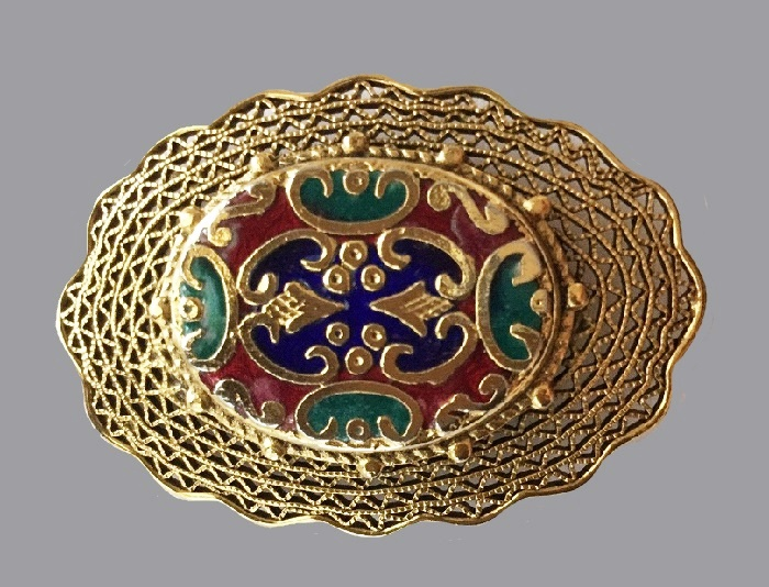 Exquisite filigree gold tone metal enameled brooch