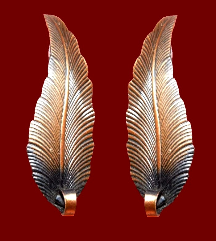 Feather textured copper earrings signed KIM