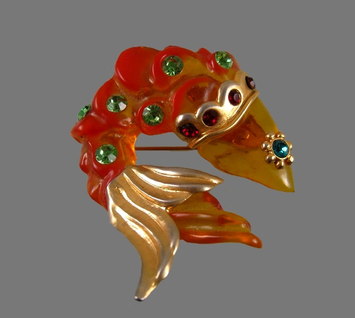 Fish brooch. Jewelry alloy, lucite, rhinestones. 6.5 cm. 1980s