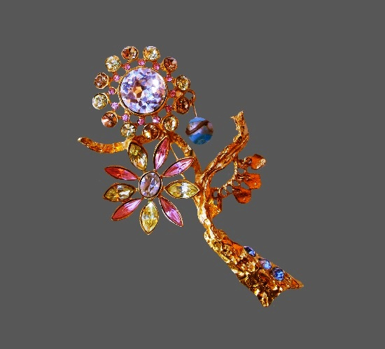 Flower brooch. Gold tone alloy, rhinestones, art glass, beads, charms. 9.5 cm. 1990s