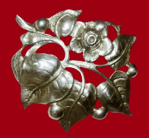 Flower sterling silver brooch