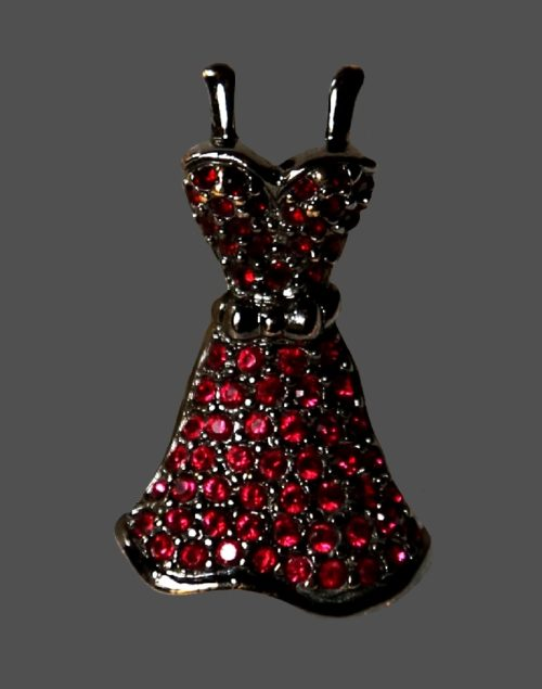 Iconic black dress brooch. Jewelry alloy, crystals. 3.2 cm