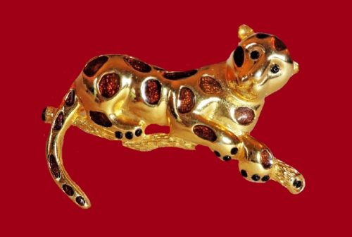 Jaguar gold tone, enamel brooch