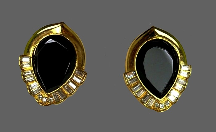 Oval gold tone with black cabochon and rhinestones earrings