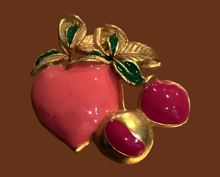 Pink heart and cherry brooch. Gold tone, enamel