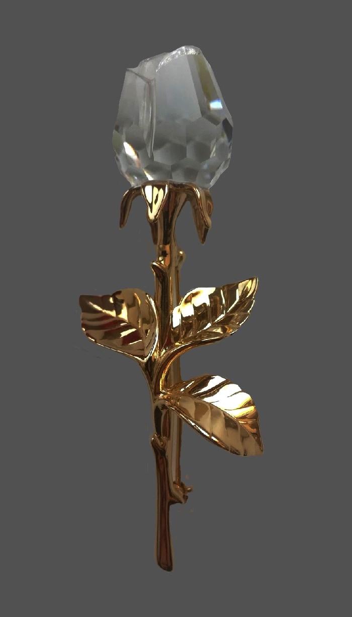 Rose brooch. 18 K gold plated, crystals. 9 cm