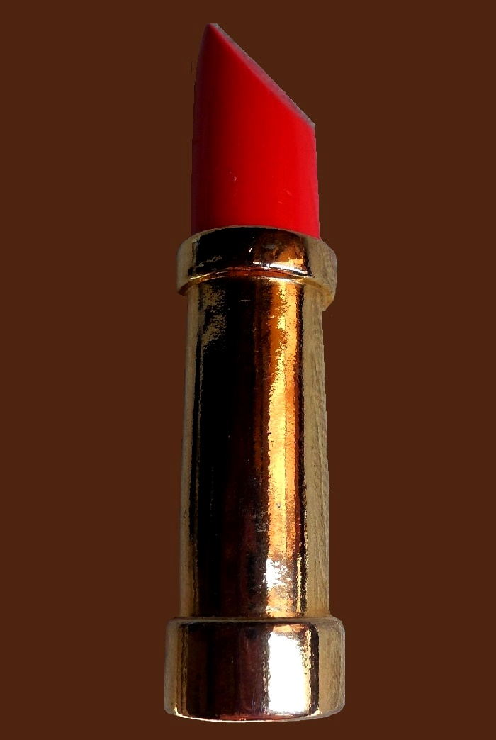 Scarlet lipstick brooch of gold tone