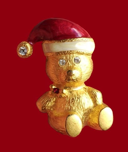 Teddy Bear Christmas pin. Jewelry alloy of gold tone, enamel, rhinestones
