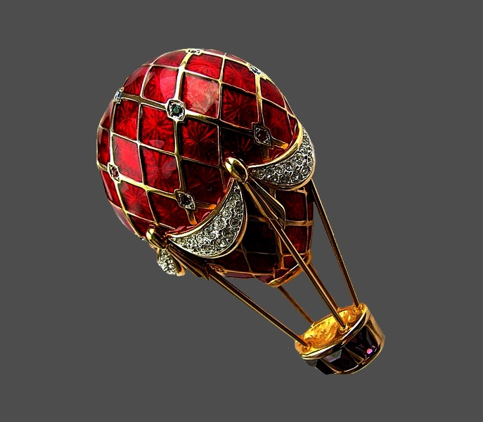 balloon with a magnificent transparent red enamel and rhinestones