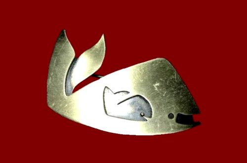 Whale brooch. Sterling silver. Kim Craftsmen NY signed
