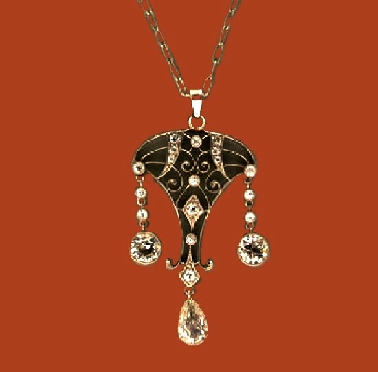 1920's Edwardian style Platinum and diamond pendant