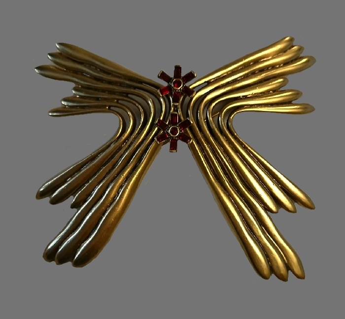 Butterfly brooch. Gold plated jewelry alloy