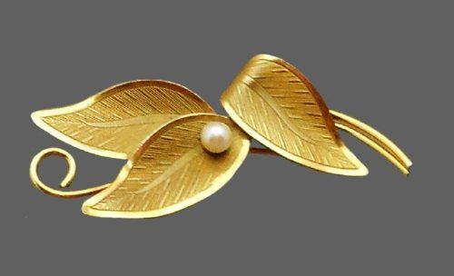 CC (Curtis Creation) signed leaf brooch. 12 K gold filled, pearl