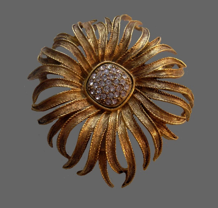 Chrysanthemum textured matte gold metal brooch with rhinestones