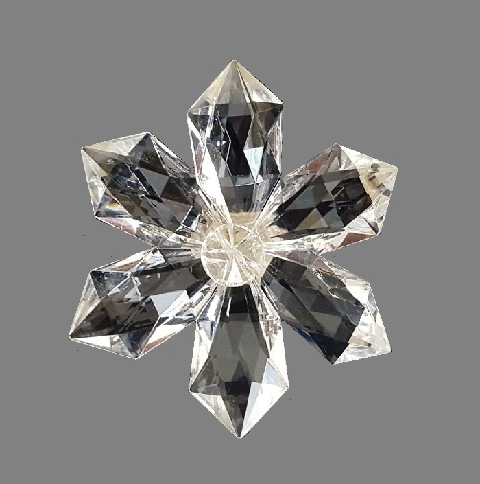 Clear lucite star flower brooch