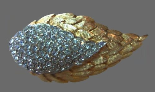Double Leaf brooch. Pave crystal, gold tone textured metal