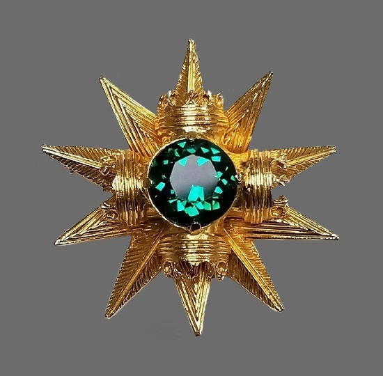 Emerald green maltese cross and star pendant brooch. Textured gold tone metal, rhinestones