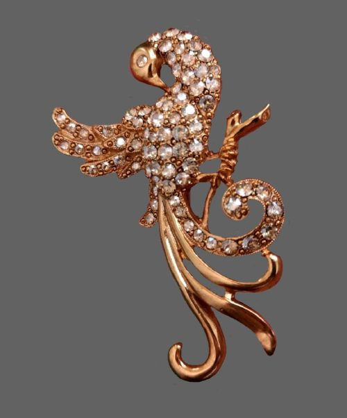 Firebird vintage brooch. Gold tone jewelry alloy, crystals. 8 cm