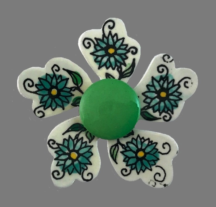 Five petal hanpainted floral pattern flower brooch