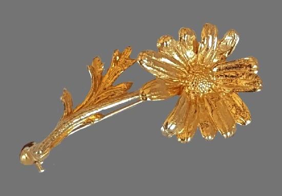 Flower brooch, gilded silver