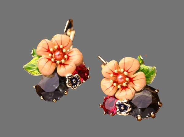 Gorgeous flower earrings